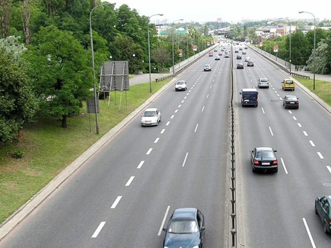lái xe an toàn trên đường cao tốc